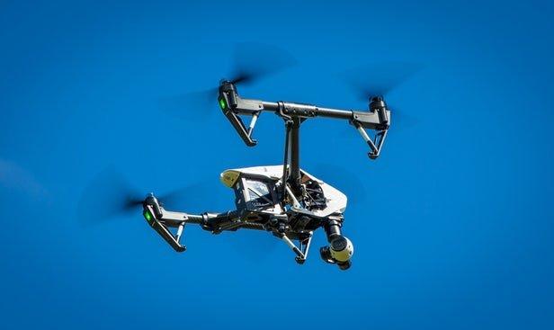 Tên gọi và sự ra đời của flycam